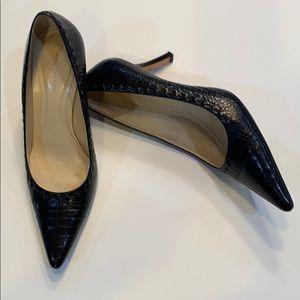 ANN TAYLOR Alligator Embossed Heels